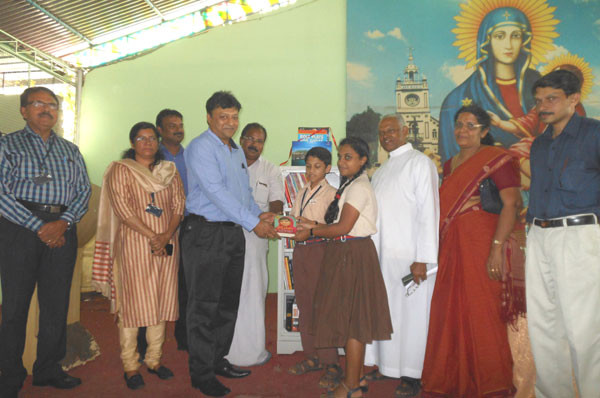 D-P-World-CSR-Mini-Library-