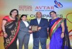 മുത്തൂറ്റ് ഫിനാൻസിന്  വർക്കിംഗ് മദർ, അവതാർ 100 പുരസ്കാരം