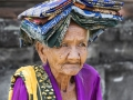 Glimps-old-woman
